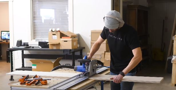 Use A Saw For Hardwood Flooring